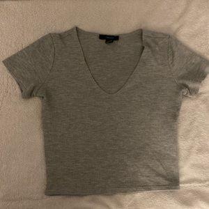 Gray cropped shirt